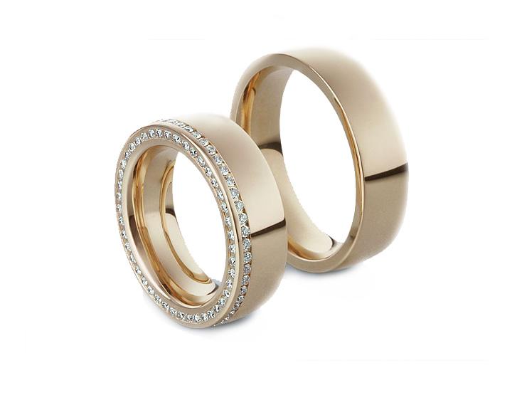 Alian�a Crava��o Lateral de Casamento com Diamantes