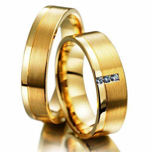 Alian�a de Casamento e Noivado Quadrada Tr�s Pedras
