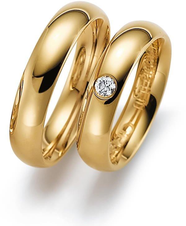 Aliança de Casamento e Noivado Tradicional com Um Diamante