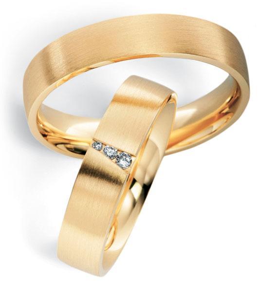 Aliança de Casamento Quadrada Tradicional Três Pedras