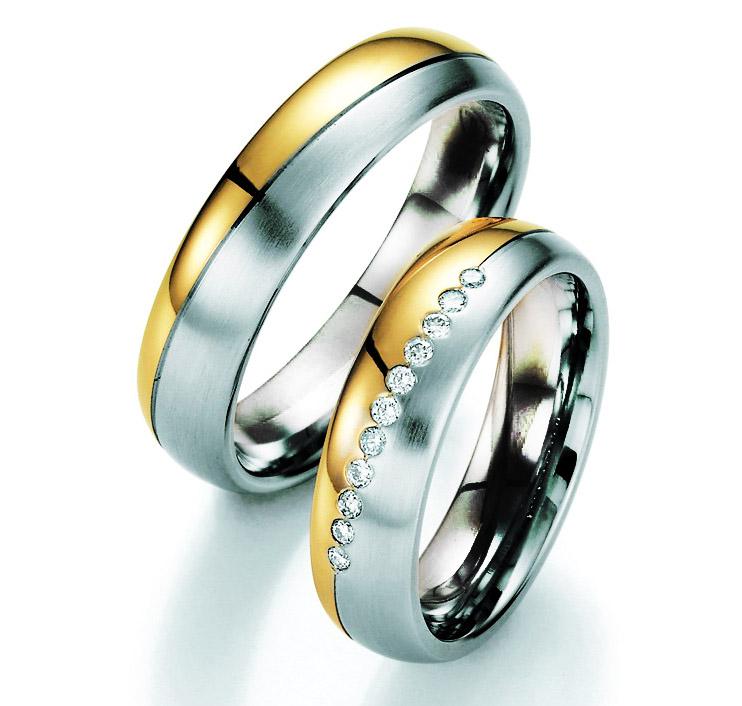 Alian�a de Noivado Entre Linhas de Casamento