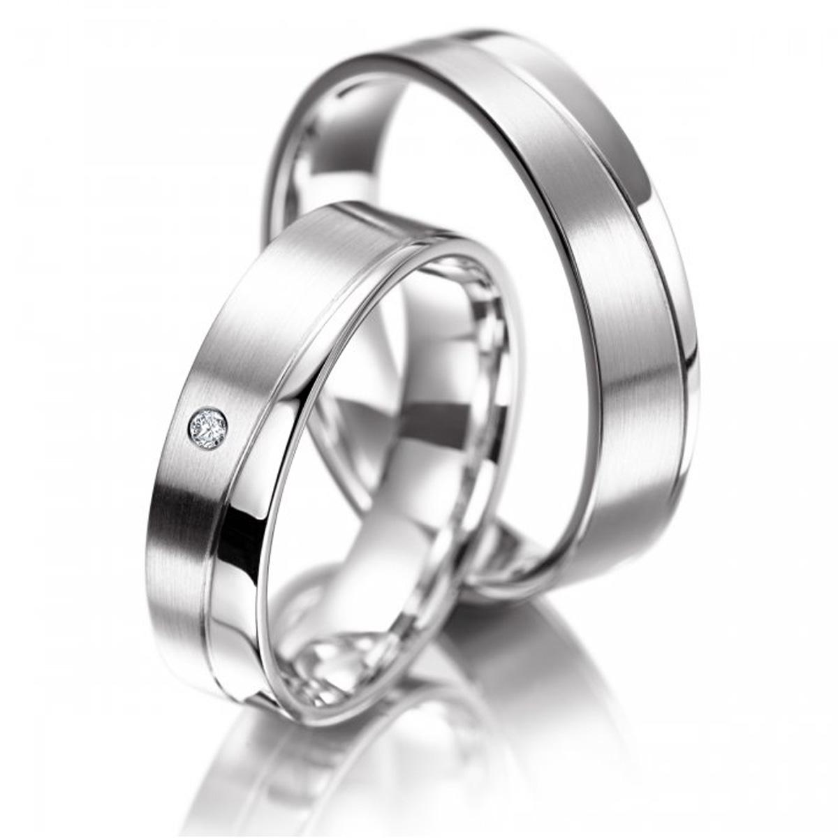 Alian�a de Noivado Quadrada com Diamantes