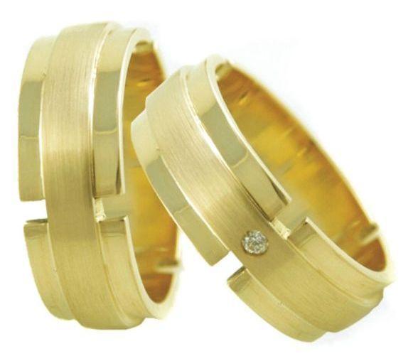Aliança Modelo Cruz de Casamento e Noivado