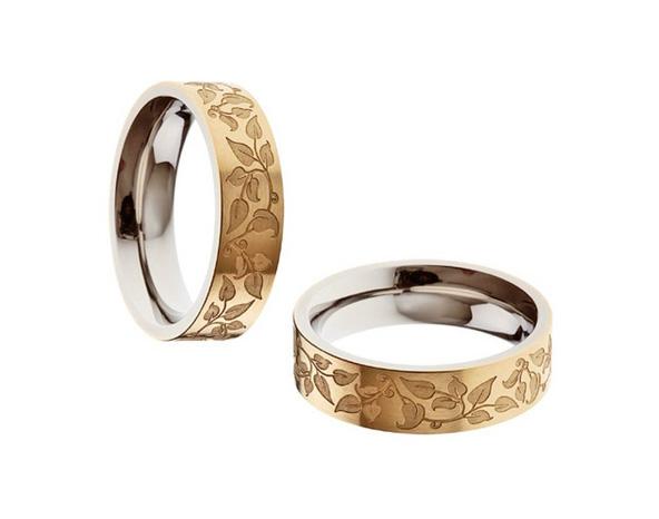 Aliança Trabalhada em Flores de Noivado e Casamento