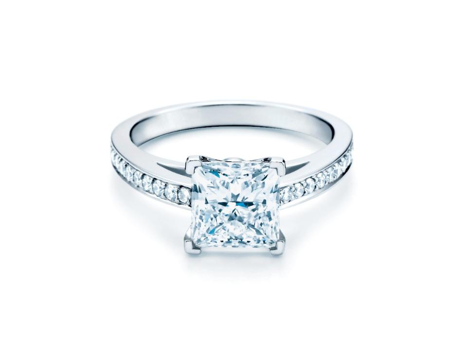 Anel de Noivado Master Luxo Diamante Quadrado