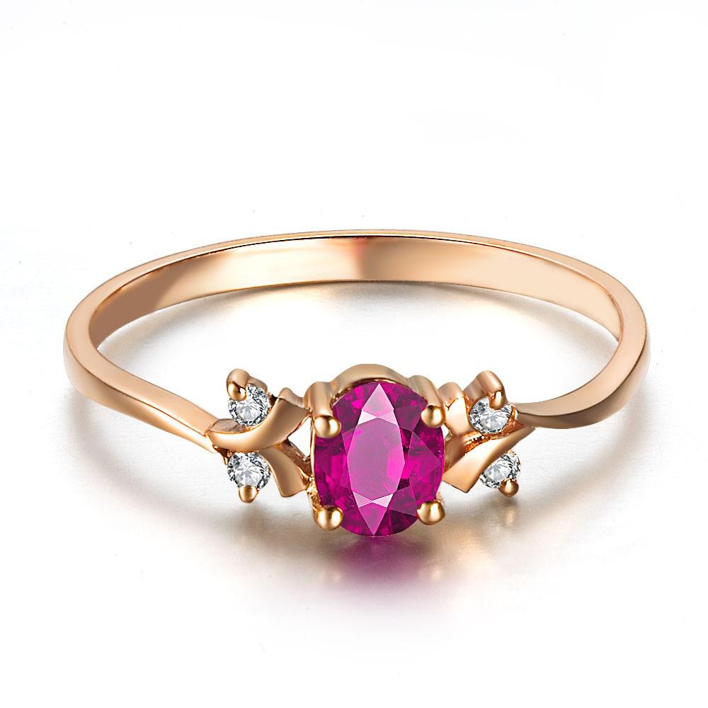 Anel Encanto de Formatura com Rubi Sintético e Diamantes