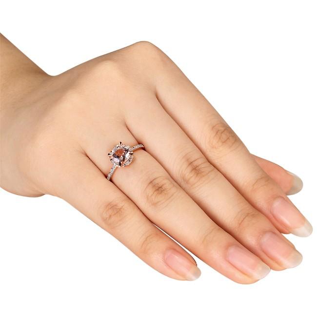 Anel Solit�rio com Diamantes e Quartzo Rosa