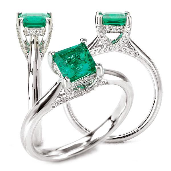Anel Turmalina Verde com Diamantes