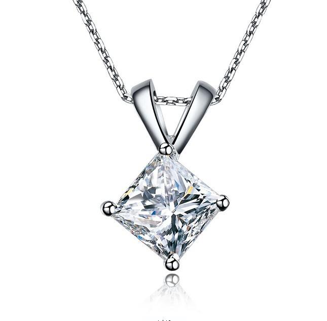 Pingente Ponto Luz com um Diamante
